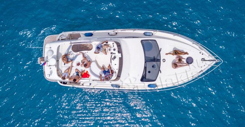 яхта-в-балаклаве