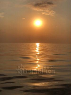 рыбалка-в-балаклаве-на-закате